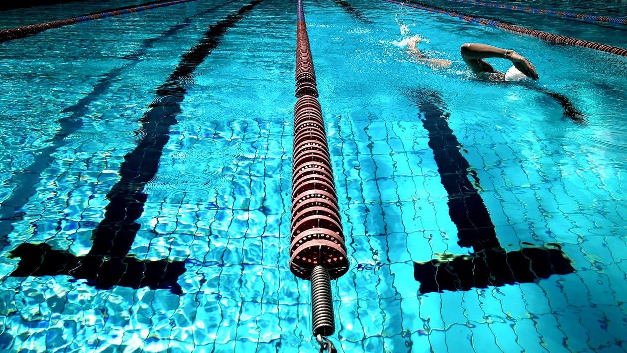 Swim lane with swimmer
